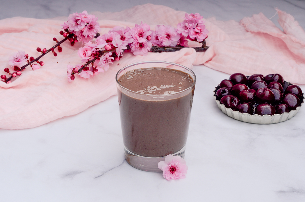 whole_food_plant_based_chocolate_cherry_smoothie_shake-6