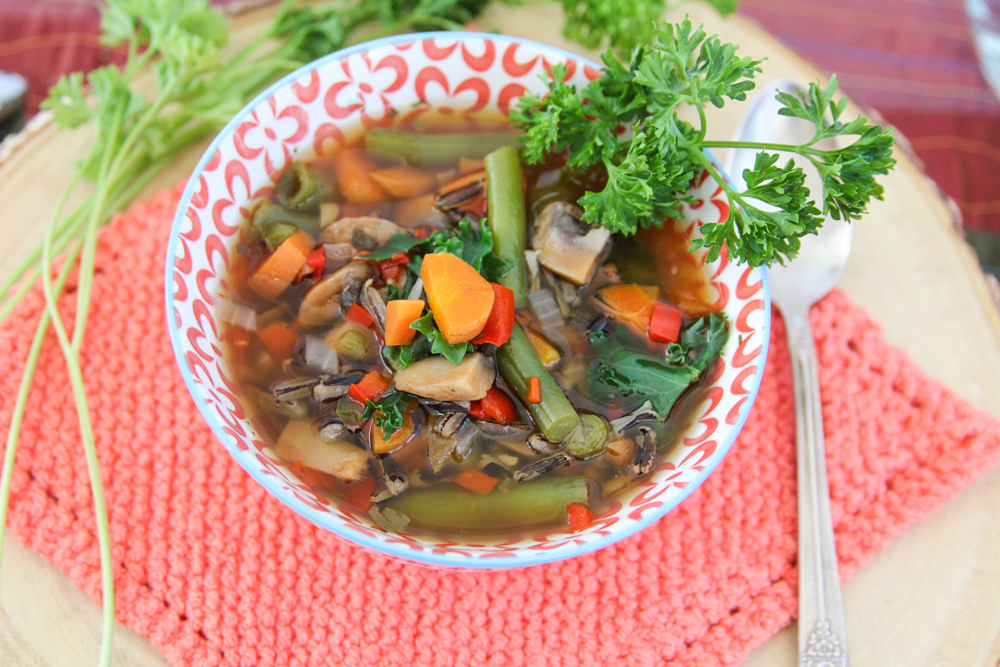 5_whole_food_plant_based_antioxidant_vegetable_wild_rice_soup_side_shot