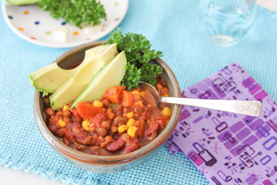 8_whole_food_plant_based_lentil_red_bean_chili_top_shot