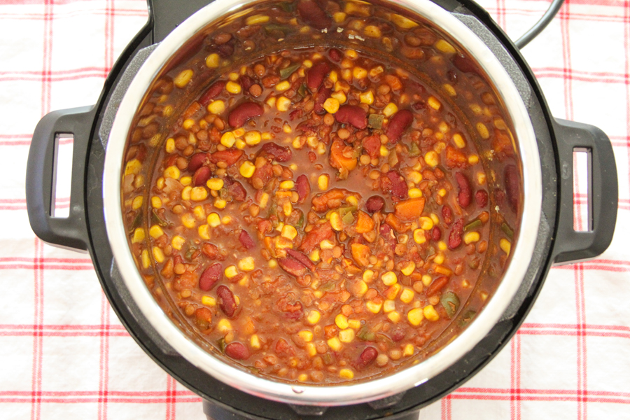 6_whole_food_plant_based_lentil_red_bean_chili_ingredients_instant_pot_shot