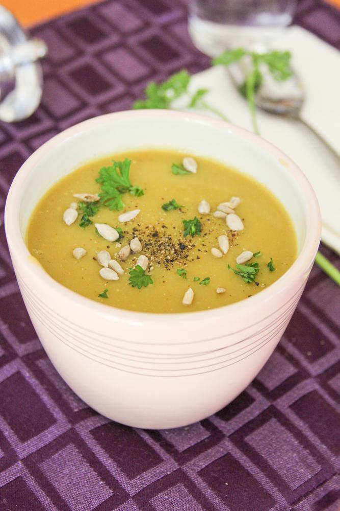 8_whole_food_plant_based_split_pea_soup_vertical_shot