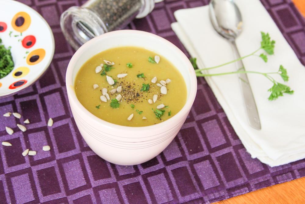 7_whole_food_plant_based_split_pea_soup_side_shot