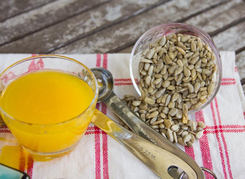4_Whole_food_plant_based_orange_sunny_dressing_ingredients_close_up