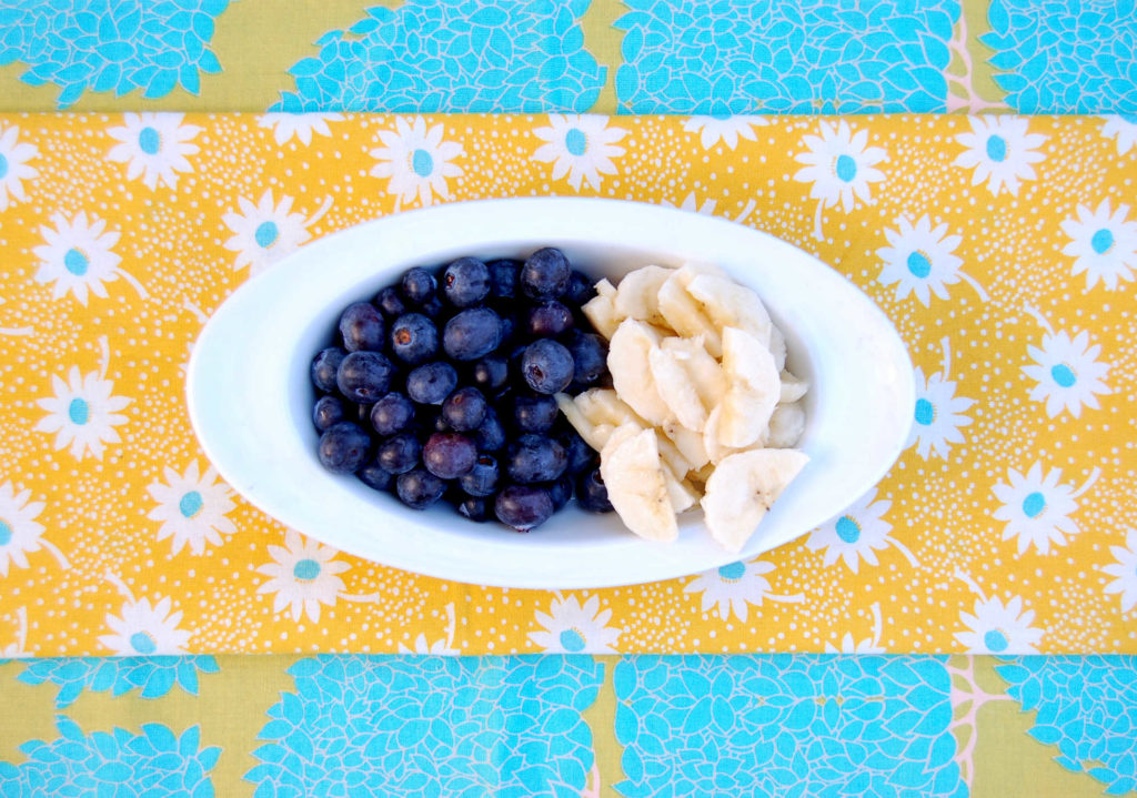 whole_food_plant_based_quinoa_bowl_.blueberry_banana
