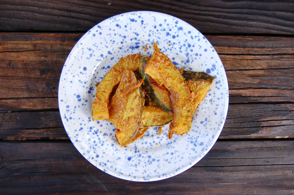 whole_food_plant_based Kabocha_squash_white_plate_alone