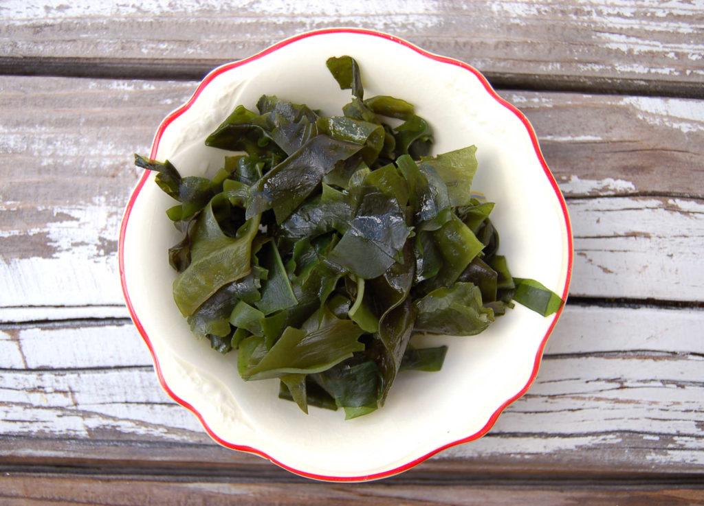 tofu_poke_seaweed
