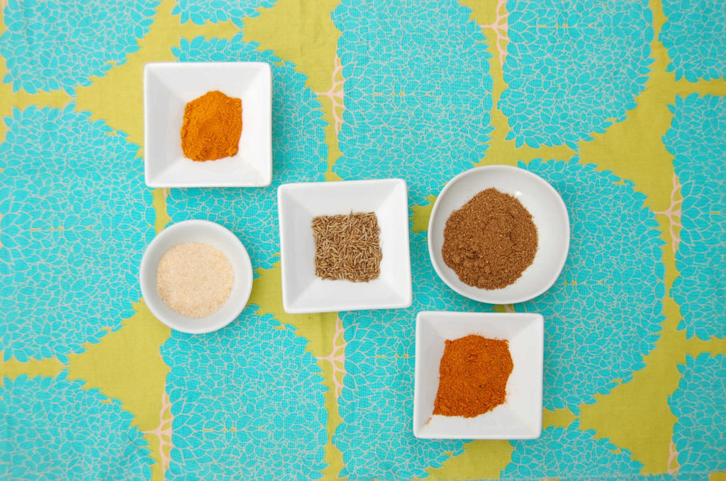 curry_tofu_spices_scewed