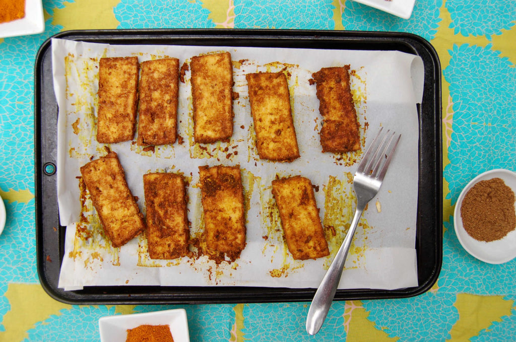 curry_tofu_spices_closer
