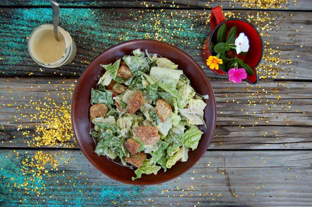 caesar_salad_glitter_bowl_top