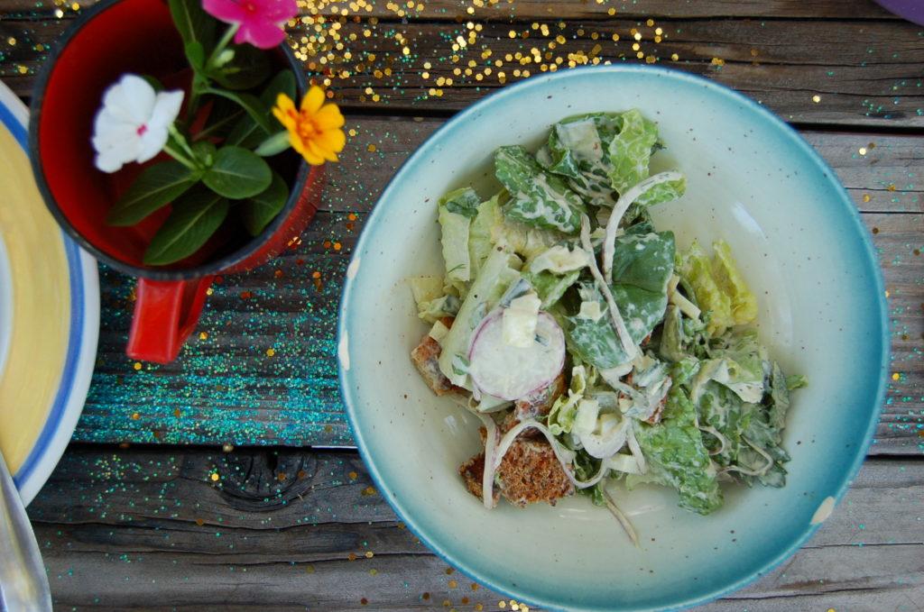 caesar_salad_blue_bowl