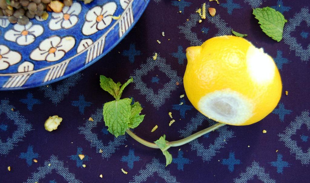 lentil_salad_lemon_close