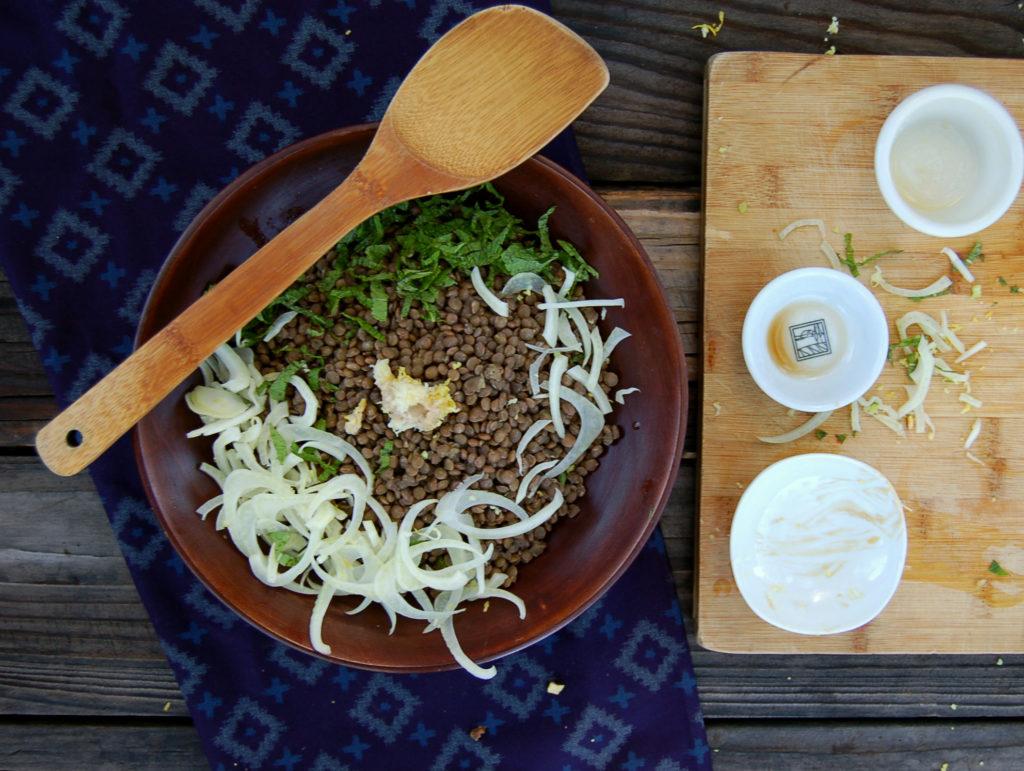 lentil_salad_assemble_empty