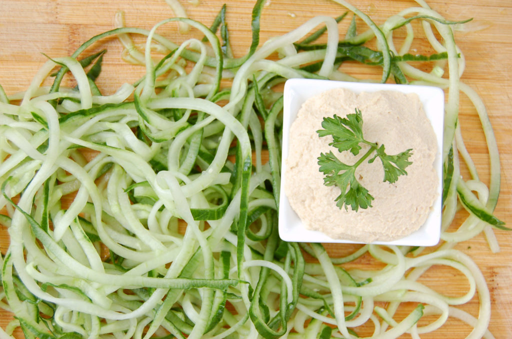 cucumber_noodles_hummus