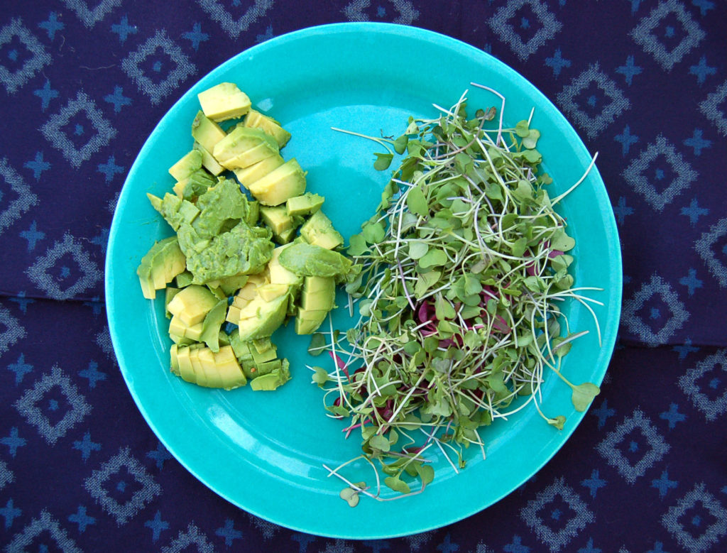 smashed_sweet_potatoes_avo_sprouts_2