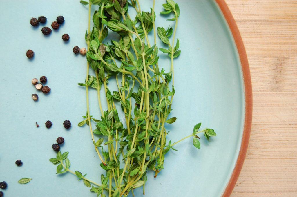 veggie_stock_thyme_peppercorns