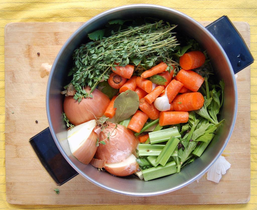 veggie_stock_in_pot