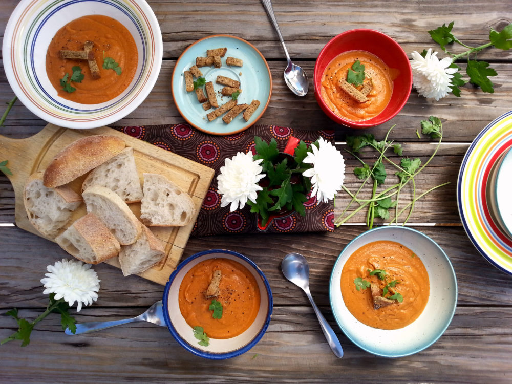 Sweet_tomato_bisque_whole_table