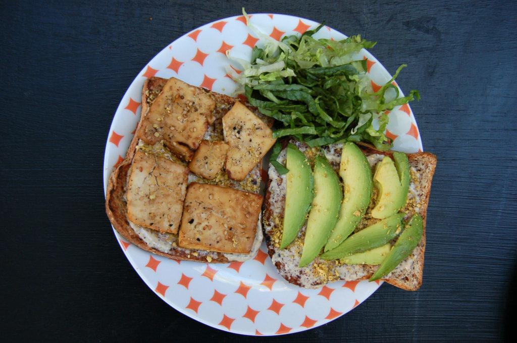 baked_tofu_caesar_sandwich_round_plate_top