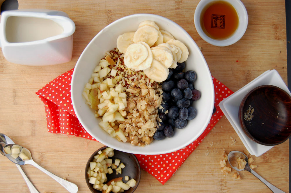 Cold Grain Cereal with Blueberries, Banana, Apple and Walnuts_Top Shot