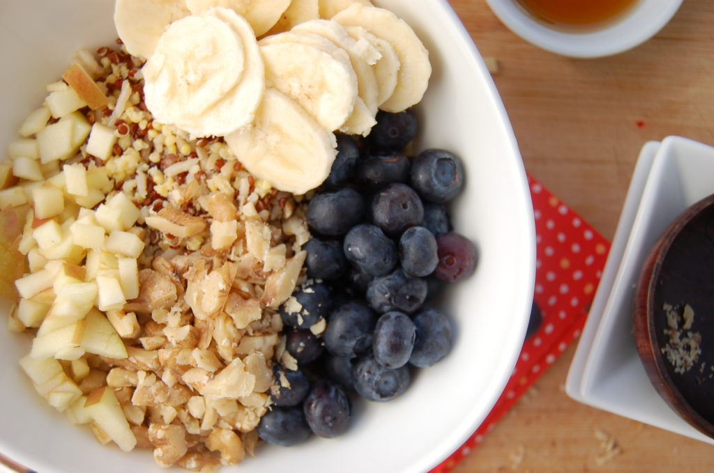 Cold Grain Cereal with Blueberries, Banana, Apple and Walnuts_Close Up