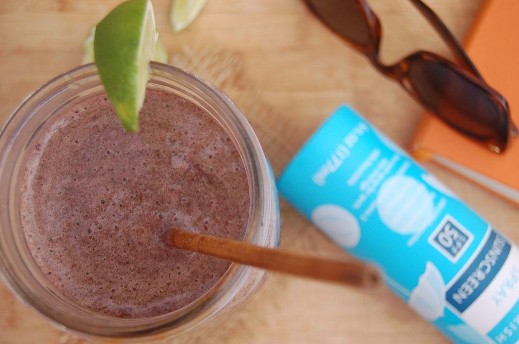 coconut berry smoothie horizontal