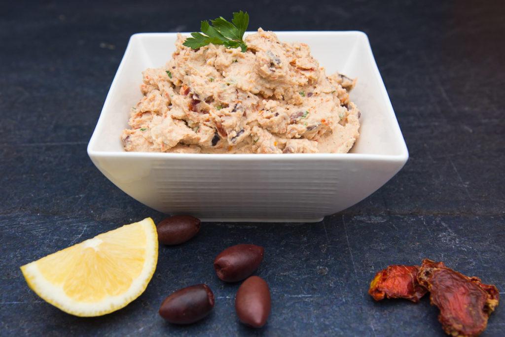 whole_food_plant_based_sundried_tomato_and_kalamata_lima_bean_hummus-8