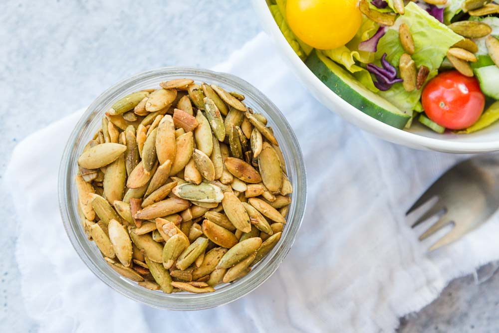 whole_food_plant_based_garlicky_toasted_pumpkin_seeds-7