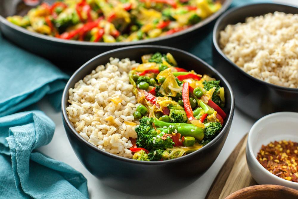 whole_food_plant_based_broccoli-cabbage_stir_fry_11