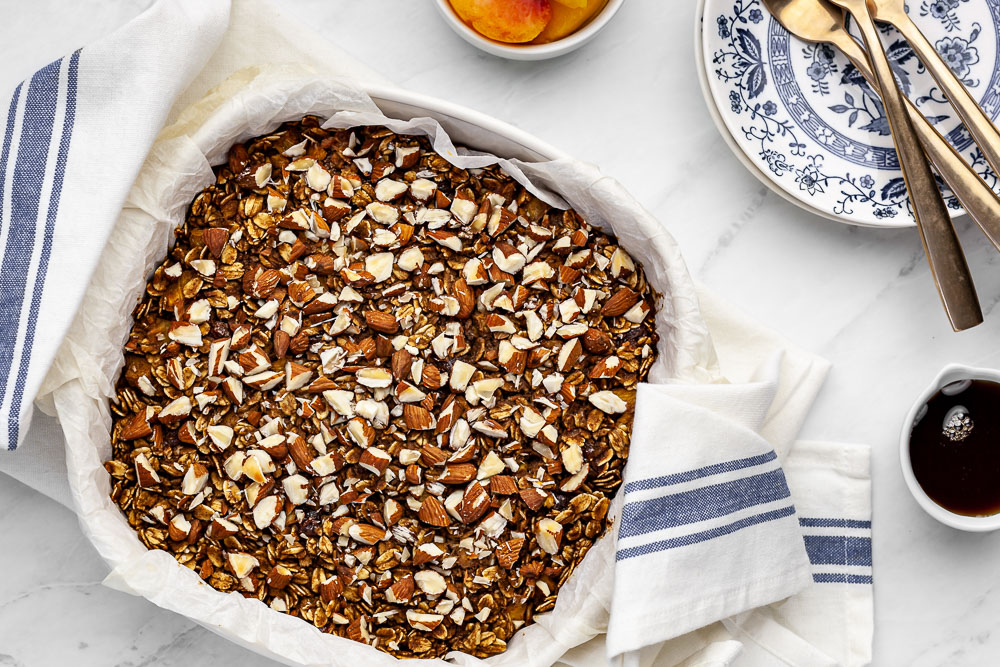 easy plant based oatmeal breakfast