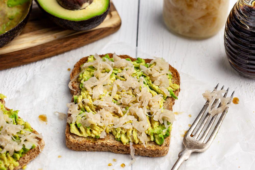 Avo-Sauerkraut Toast